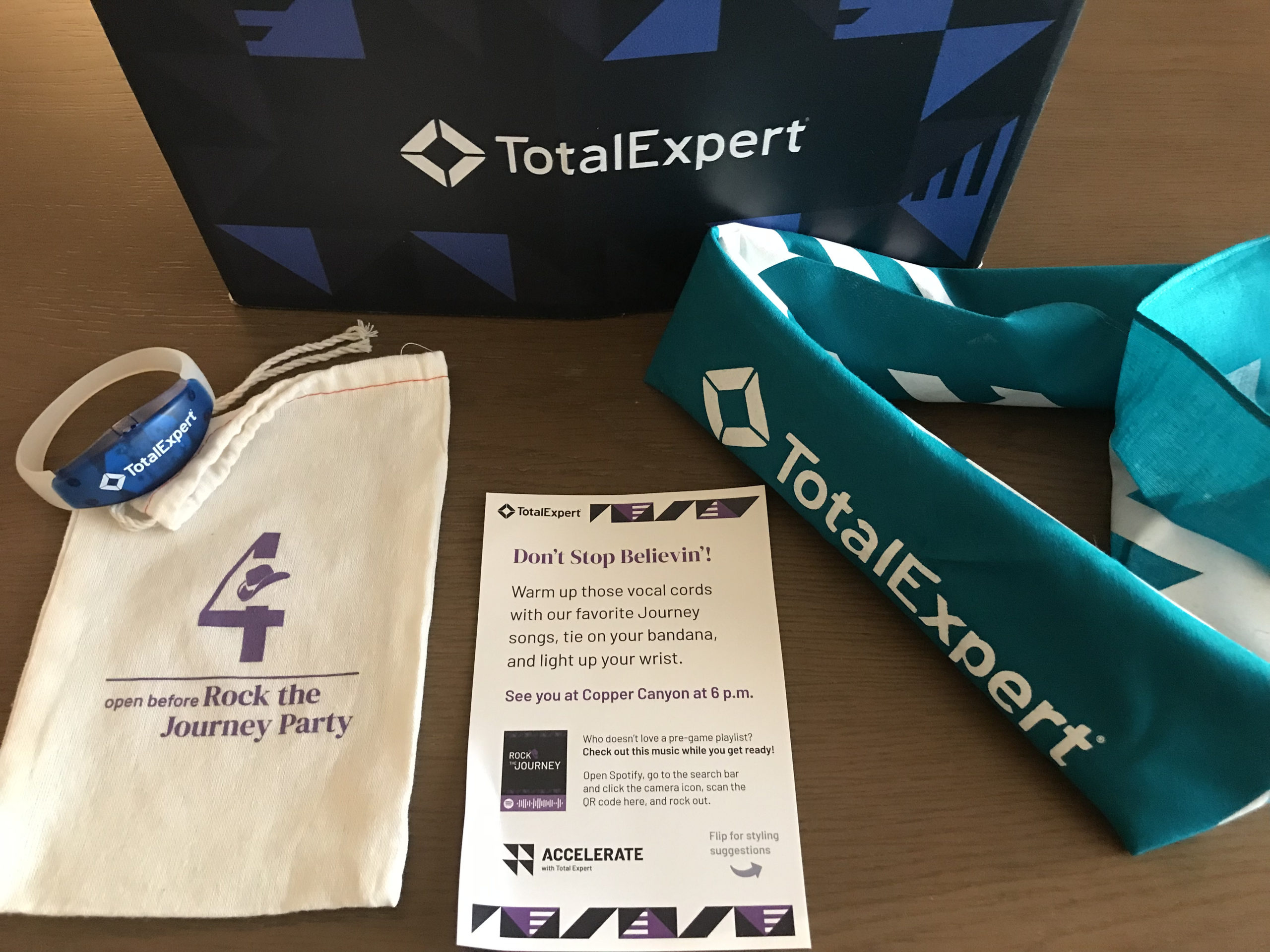 Total Expert Accelerate - gift 4